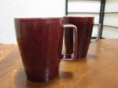 赤いマグカップ(大)/ 高橋里美