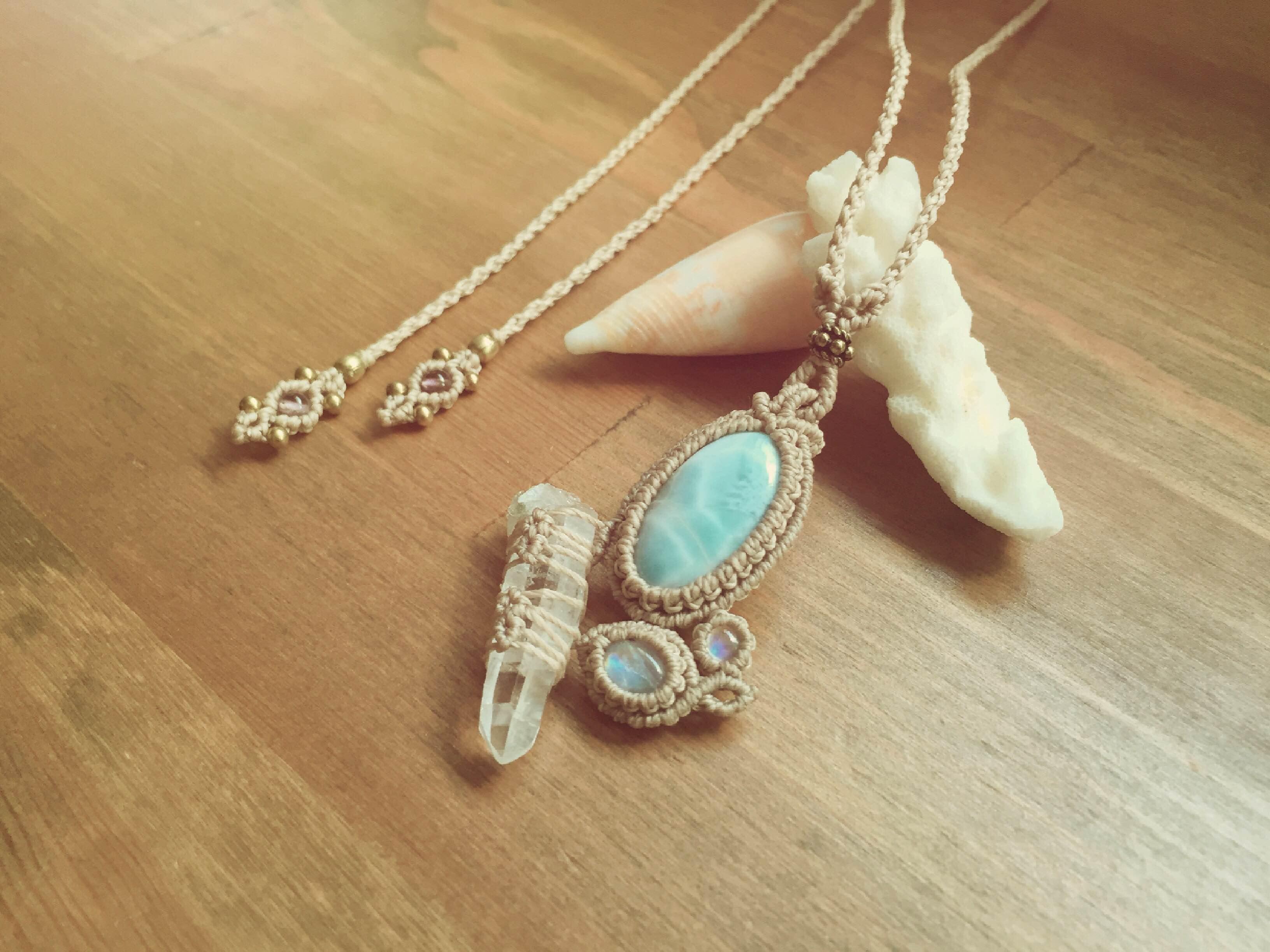 水晶ポイント/ラリマー/ムーンストーン/ネックレス