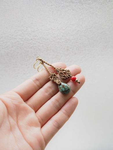 マクラメ編み/ハンドメイド/天然石/ピアス/ターコイズ