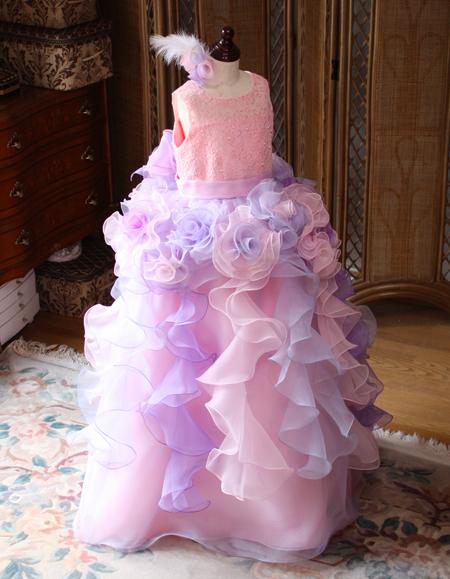 近日公開 子供用ドレス