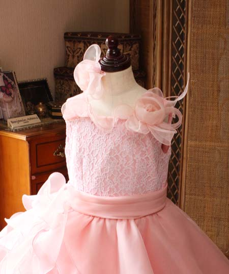 とっても可愛い子供用ドレス デザイン