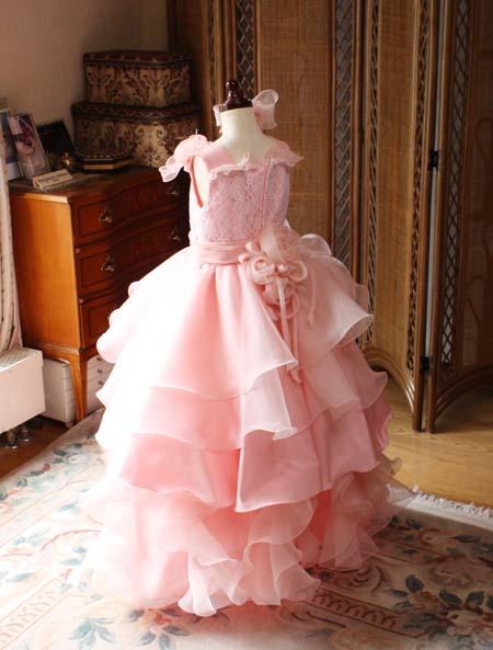 ウェディングドレスのような子供ドレス オレンジ