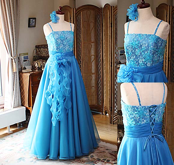 コンクールドレスと演奏会ドレス ピアノの授賞式用ドレス。ターコイズブルードレス