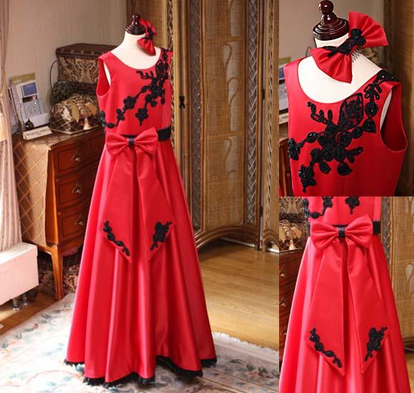 レッドのコンクールドレス ピアノのコンクール、発表会ドレス