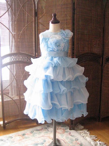 結婚式の参列用子供ドレス