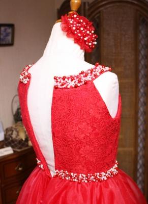 上半身デザインとビーディングドレス