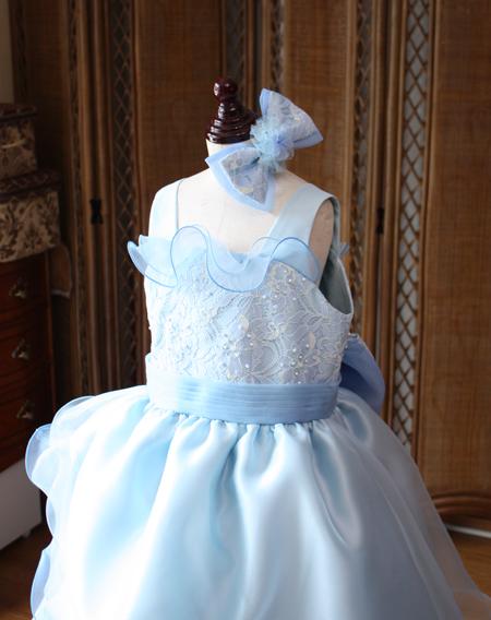 上半身デザイン スクエアーネック 愛知県のお子様ドレス