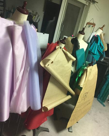 ドレス製作現場