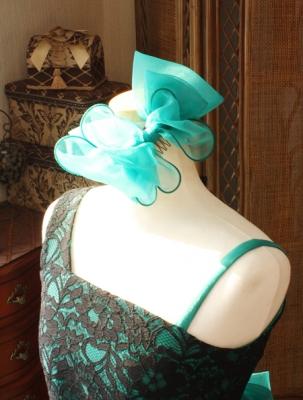 グリーンのリボン ステージドレス用のデザイン