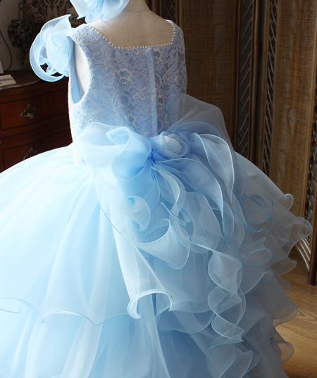 リボンコサージュ 子供用のピアノの発表会ドレス