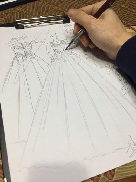バイオリンの演奏会用ドレス 中学生ドレス 悪魔イメージ