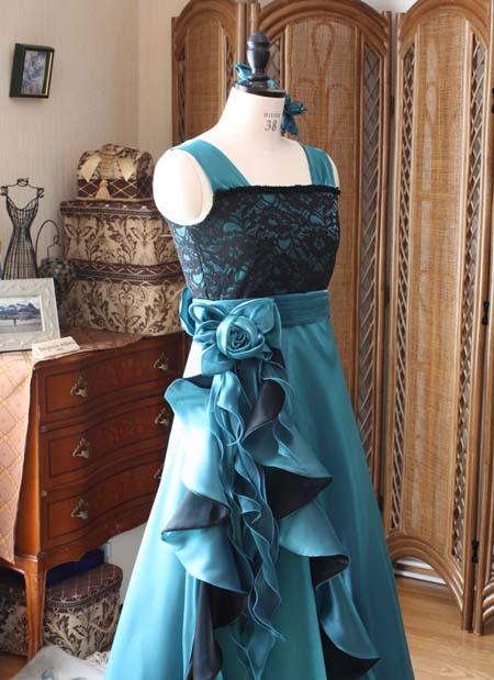 フロントのコサージュ コンクール用ドレス