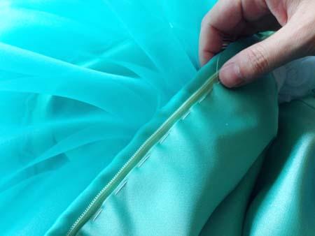 子供用ドレスのハンドメイド製作