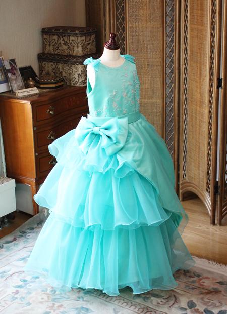 ピアノの発表会とコンクール予選用のドレス