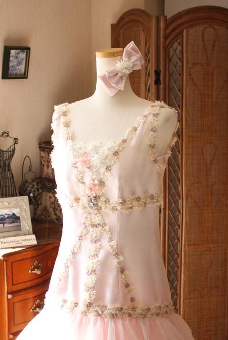 繊細なドレスデザイン ハンドメイド制作