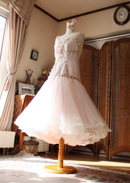 ステージを意識したドレス制作