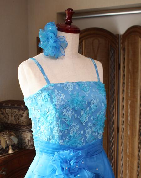 寒色イメージのドレス