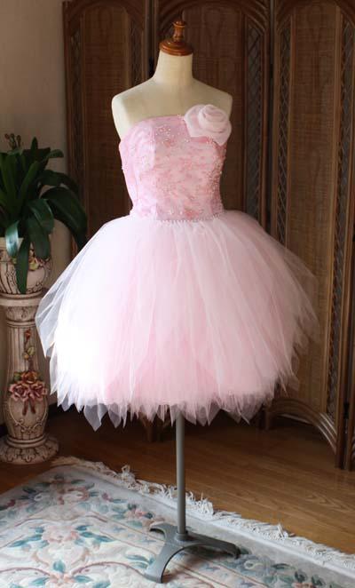 チュールスカート ピンクのドレス
