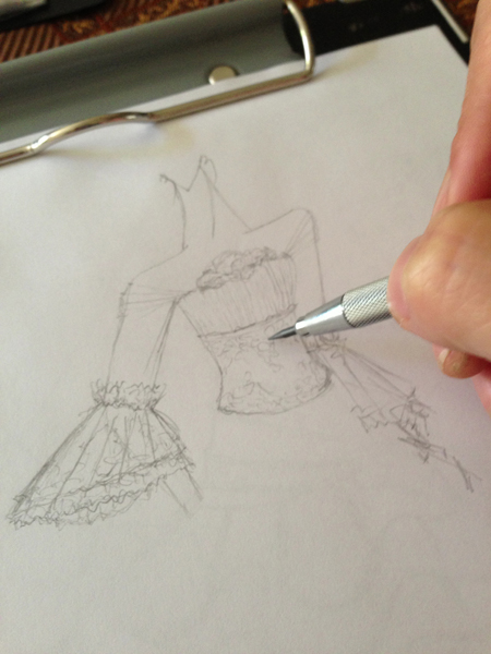 バロック調ドレス デザイン