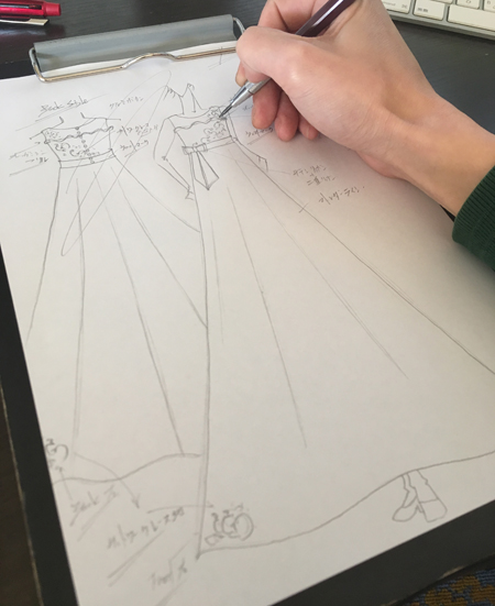 福岡県のお客様に描いたピアノのコンクール用ドレス