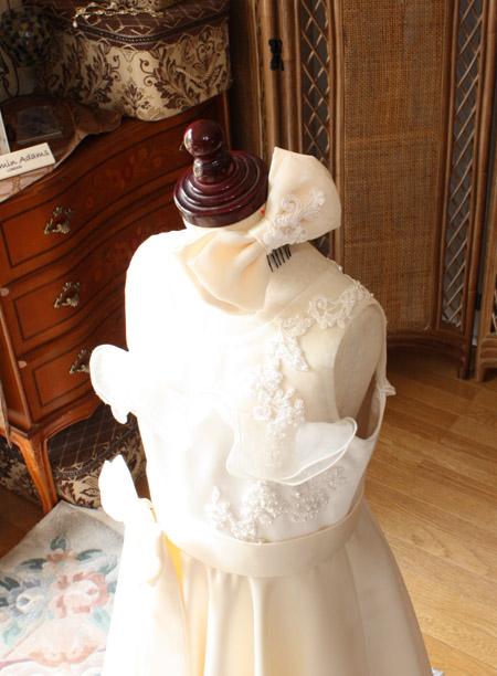 ヘッドドレスもドレスに合わせて制作 リボンの髪飾り