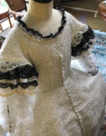 バロック調のドレス制作