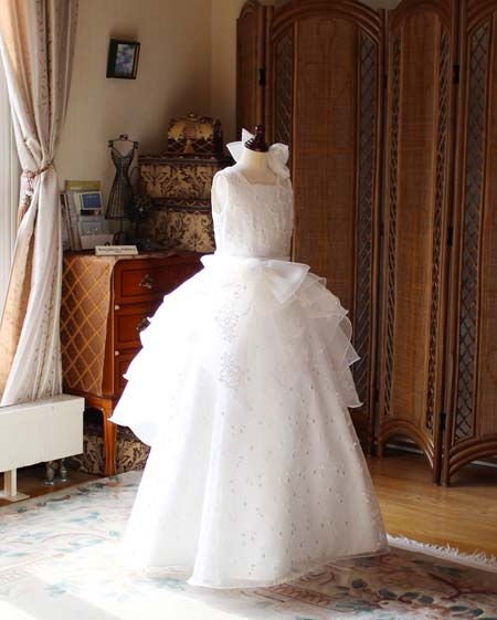 島根県のお子様のピアノの受賞者コンサートドレス