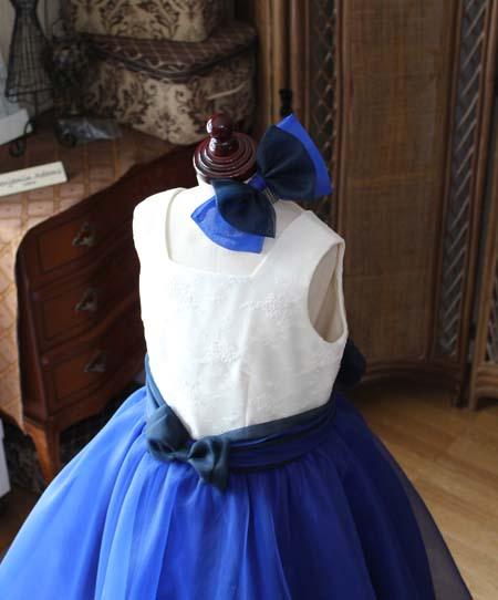 髪飾りとヘッドドレスのリボン