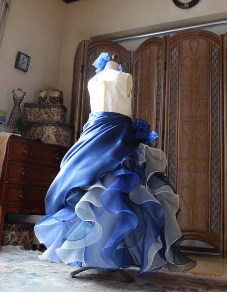 フリルとオーバースカートが素敵なジュニアサイズ用ロングドレス
