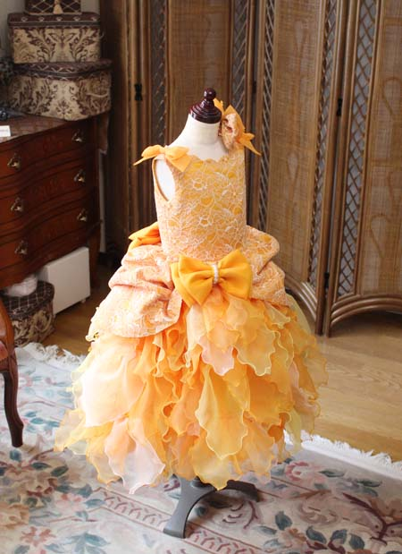 ピアノのコンサートドレス オレンジ 120cm
