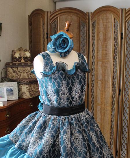 ジュニアドレスの上半身デザイン