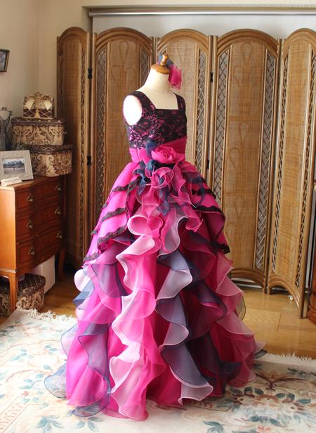 ベルライン シルエットのオーダーメイドドレス