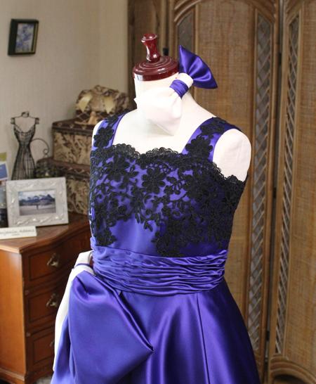 ヘッドドレスと胸元のでコルテ