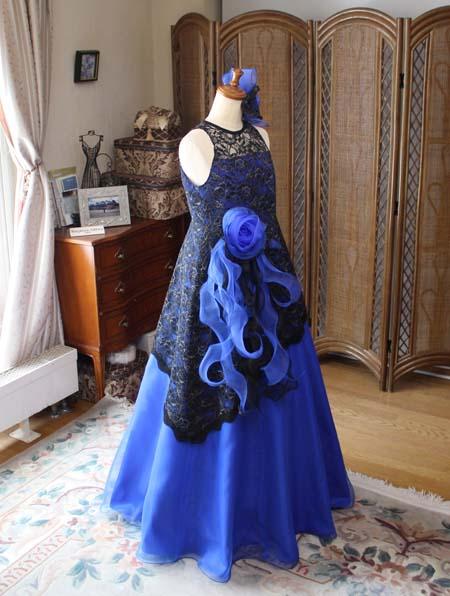 ブルーのピアノのコンチェルトドレス オーダーメイド