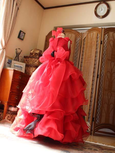 ステージ映えのする可愛らしいドレス