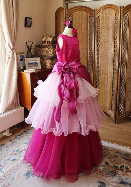 ピンクの2WAYスタイルのティアードレス