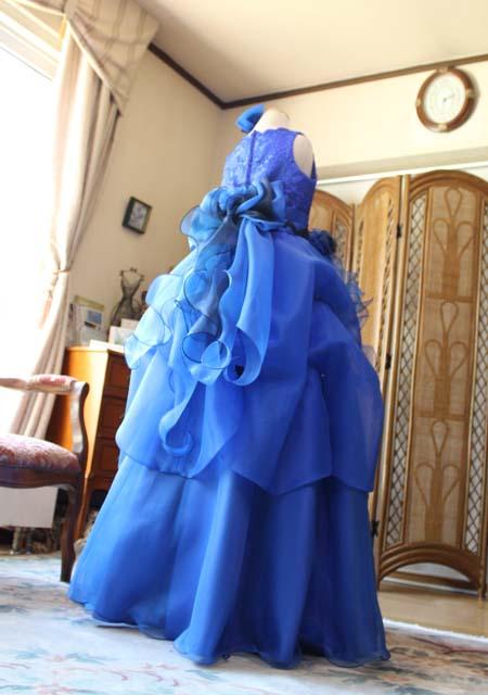 ステージ映えのするバイオリン用ドレス