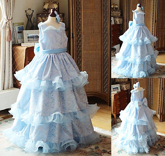 ベルラインのドレス ティアードスカートデザイン
