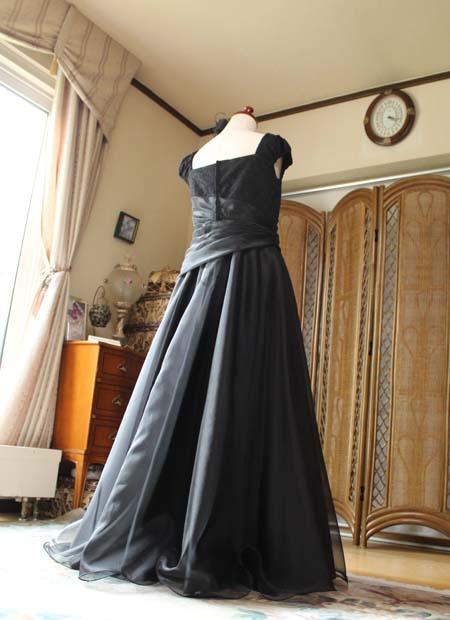 スレンダーAラインのスカート オーダーメイドドレス