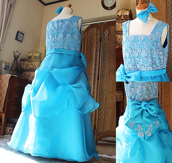 Aラインスカートのシルエットとリボン、ヘッドドレスについて