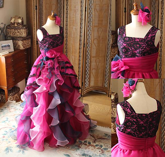 ピンクとブラックの混合色 演奏者向けのジュニアドレス