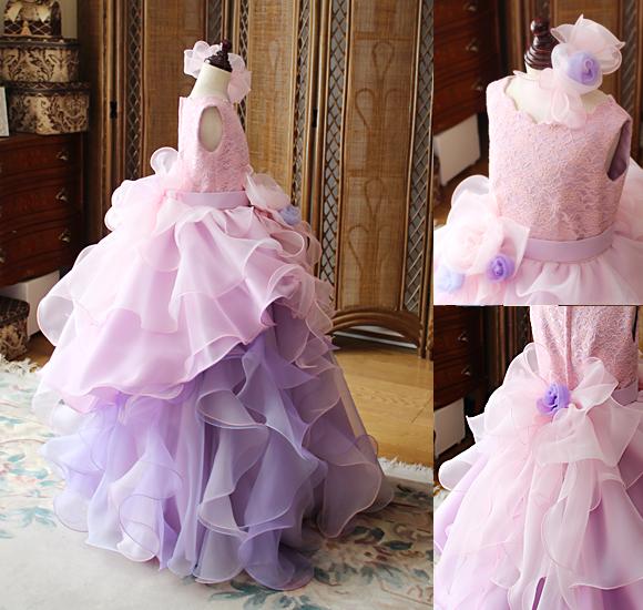 動きのあるスカートデザイン ドレスのシルエット