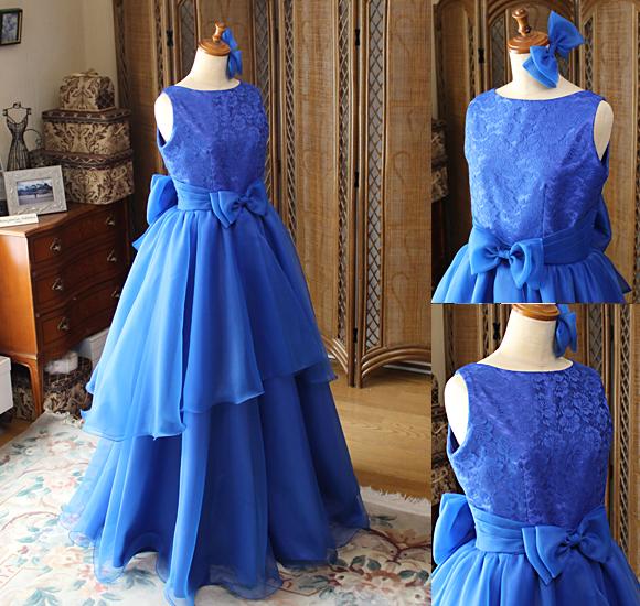 ブルーの演奏家用ジュニアサイズドレス