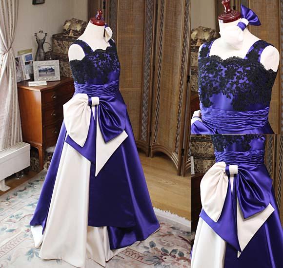 大人の装いを演出する個性的でエレガントな2トーンカラードレス