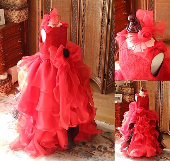フリルとオーバースカートが素敵なジュニアサイズドレス バックスタイルデザイン