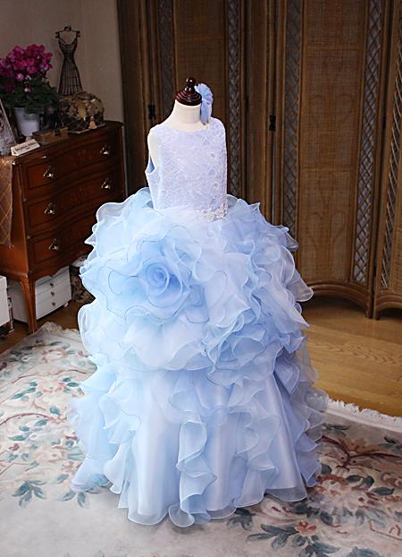 豪華なお花をイメージするジュニアドレス