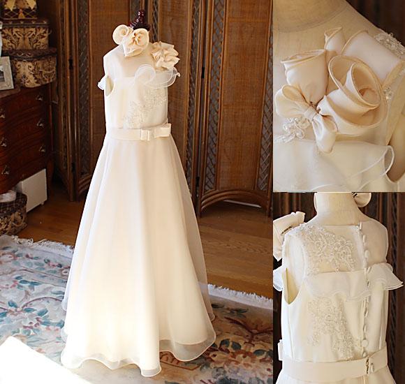 シンプルな印象と清楚なイメージを表現するジュニアドレス 中学生や高校生構成向けのロングドレス