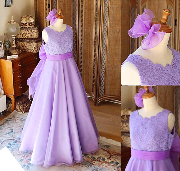 お子様の個性とお好きなリボンをプラスして創り上げたロングドレス 中学生や高校生にふさわしいドレス