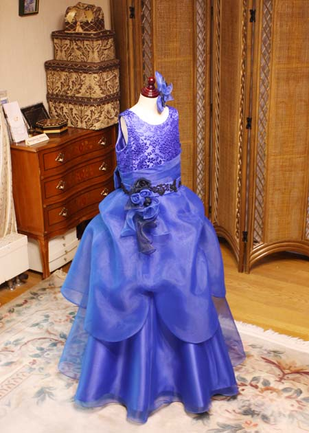 ピアノとバイオリンのジュニアドレス 小学生高学年から中学生向けドレス