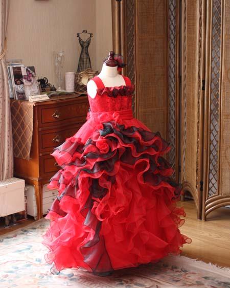 ティアードスカートとフリルのジュニアドレス 演奏者向けドレス